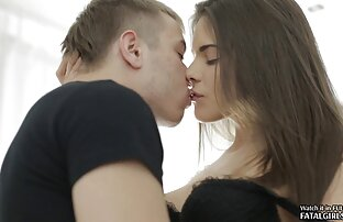 خانواده عکس گایش کوس های جوان با یکدیگر رابطه جنسی دارند.