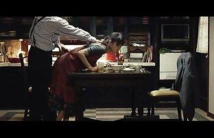 زنی با پوست سیاه به پسر لیز خورد تا او را عكس كير كون ترک کند و لعنتی کند