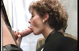 آن مرد زیبایی آیدرا عکس سکس باسن فاکس را با روغن روغن کرد و سوار بر ورق سفید او را لعنتی