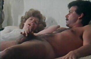 مرد شکمی جوجه جوانی را عکس سکسی زنان کون گنده درون ماسک و جوراب پاشید